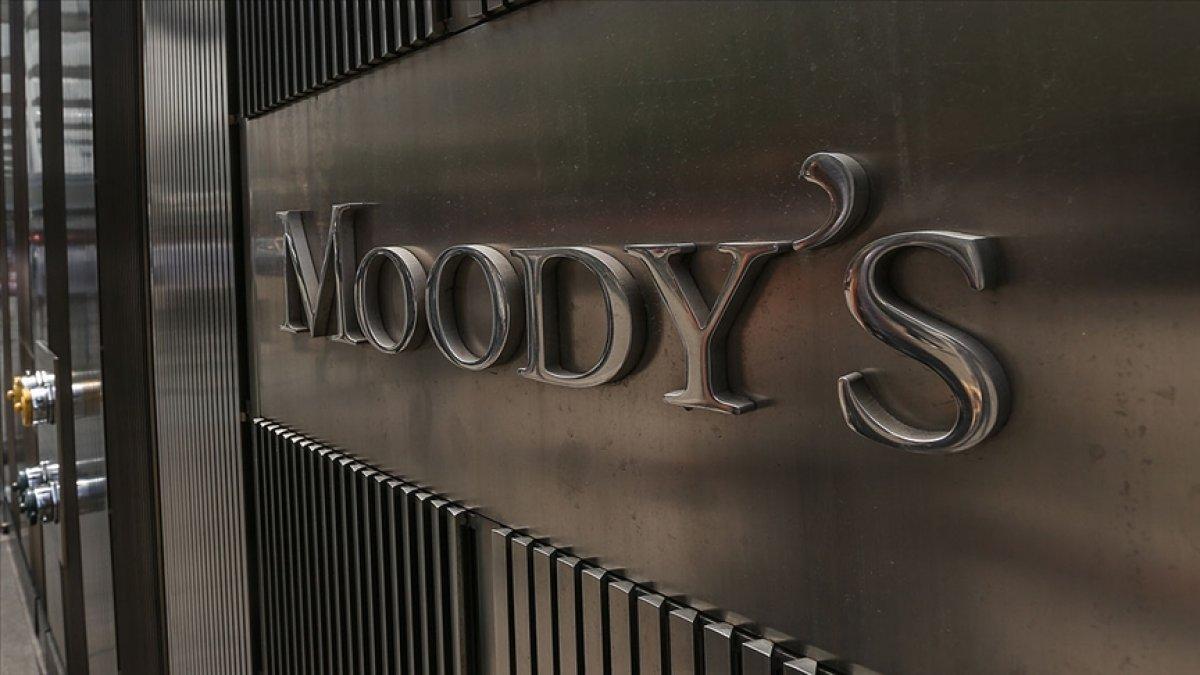 Moody's: Salgın Euro Bölgesi'nde duraklama riskini artırabilir