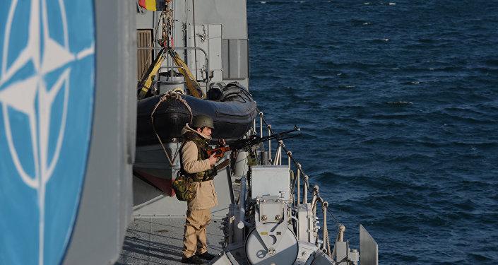 NATO savaş gemileri, ortak tatbikat için Gürcistan'a geldi