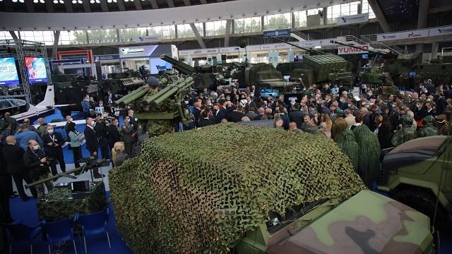 Sırbistan'da 10. Uluslararası Silah ve Savunma Sanayi Fuarı Açıldı