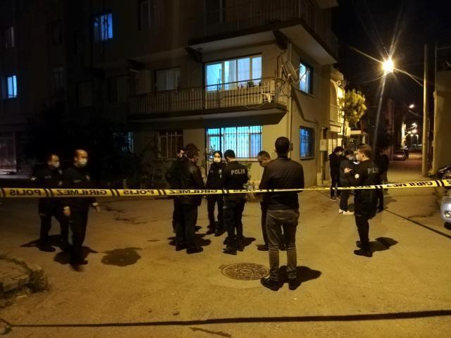 Son dakika haberleri… İzmir'de ev sahibi ile kiracı arasında gürültü kavgası: 1 ölü