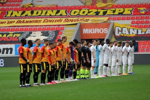 Süper Lig: Göztepe: 0 D.G. Sivasspor: 4 (İlk yarı)