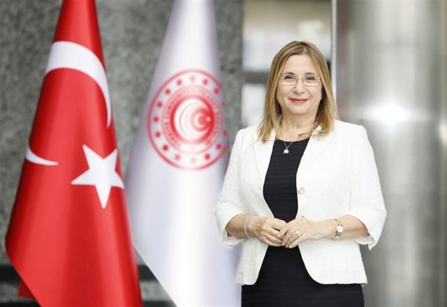 Ticaret Bakanı Ruhsar Pekcan görevden alındı, yerine Mehmet Muş atandı