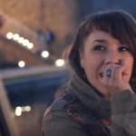 Preslušajte novu pesmu neodoljive Zaz (VIDEO)