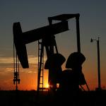 Cene nafte u mesec dana potonule više od 20%