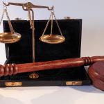 Petorica Srba osuđeni za ubistvo na Zakintosu, dvojica oslobođena