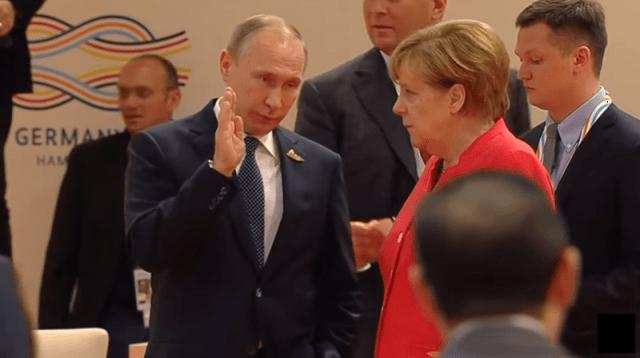 """Putin: Merkel da utiče na Ukrajinu kako bi je odvratila od """"daljih nepromišljenih koraka"""""""