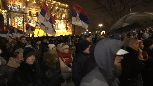 """Šesti protest """"Jedan od pet miliona"""": Nama je snežna bela subota. Njima ide crni petak! (VIDEO)"""