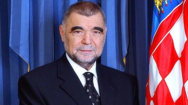 Mesić: Razmišljam o kandidaturi za predsednika Hratske