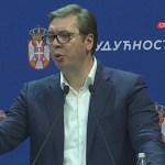 Vučić u Sremu asfaltirao ulice, pekao rakiju, obnavljao škole i poručio: Bando iz Prištine sikter!