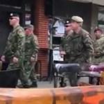 Albanski vojnici prošetali severom Kosovske Mitrovice (VIDEO)