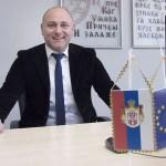 Balša Božović nije kompetentan da bude narodni poslanik