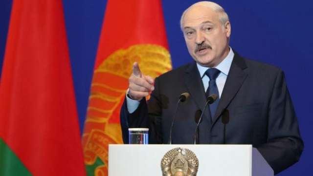 Lukašenko: Niko neće umreti od korona virusa u Belorusiji