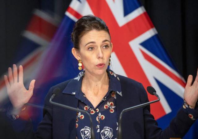Tako se to radi! Vlada Novog Zelanda smanjuje plate ministrima!