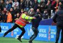 ENGLESKA: Neredi u Londonu, Navijači West Ham-a ulazili u teren