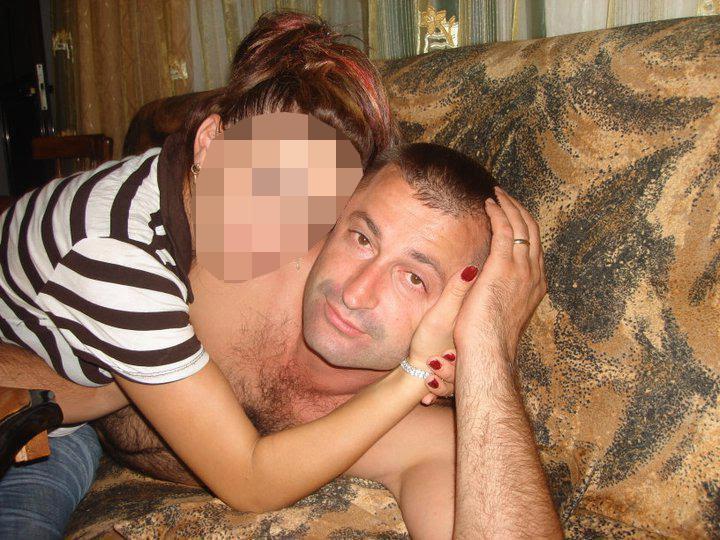 """Dinjan Hysaj, 40 vjeç, ka kërkuar azil në vitin 1998 duke dhënë emrin e tij të vërtetë, por një datë të rreme të lindjes të vitit 1981 - në vend të vitit 1977. Diferenca prej 5 vitesh e """"kualifikoi"""" që të hynte në Britani si një minoren."""