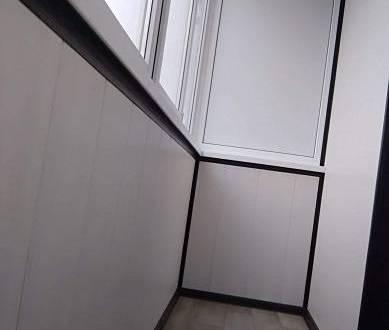 пример отделки балкона