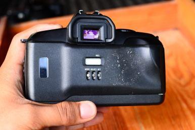 Canon 850QD + Sigma 28 - 80 Macro (6)