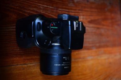 Canon EOS 750QD พร้อมเลนส์ Canon 35 - 70mm (1)
