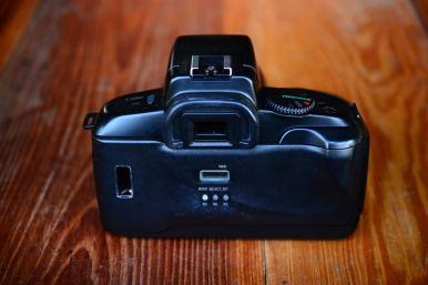 Canon EOS 750QD พร้อมเลนส์ Canon 35 - 70mm (6)