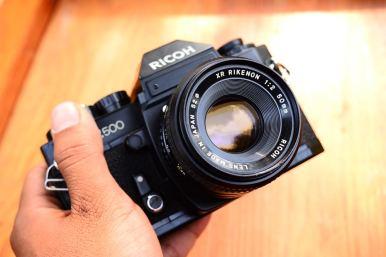 XR500 พร้อมเลนส์ ricoh 50mm F2 ballcamerashop (5)