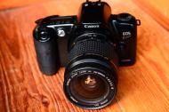 0Canon EOS Kiss สีดำ พร้อมเลนส์ Canon 28 - 80mm (2)