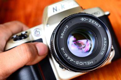 กล้องฟิล์ม Nikon F60 พร้อมเลนส์มือหนุน Helios 44M-4 สภาพสวย (6)