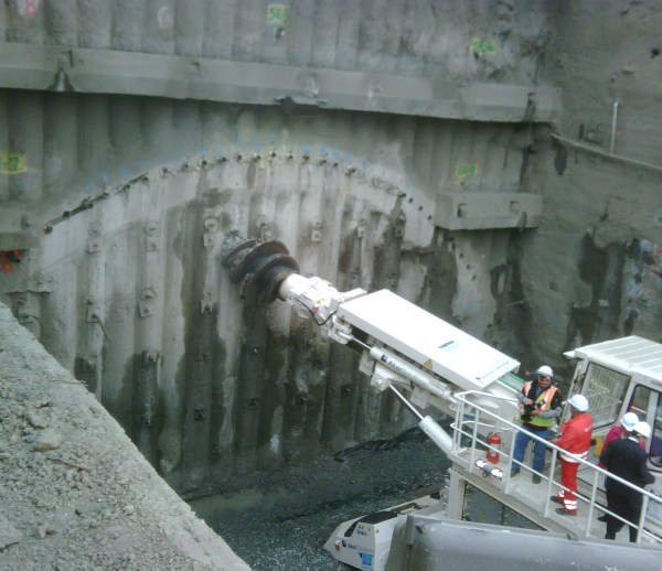 JOB 157 – Caldecott Tunnel Grading – Photo 8