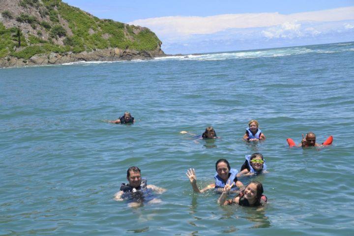snorkeling Cano Island