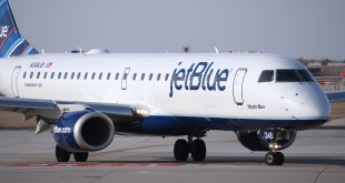JetBlue Airways Crew Accuses Pilot