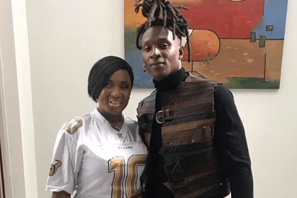 DeAndre Hopkins and His mother