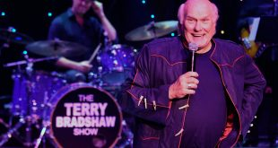 Terry Bradshaw gets a hsow