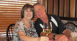 Couple dies 6 minutes apart