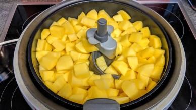 Kartoffel vor dem Backen