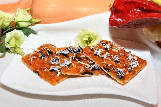 Kürbis Cranberry Blechkuchen Rezept