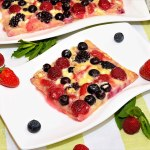Beeren Pizza mit weißer Schokolade-Rezept-ballesworld