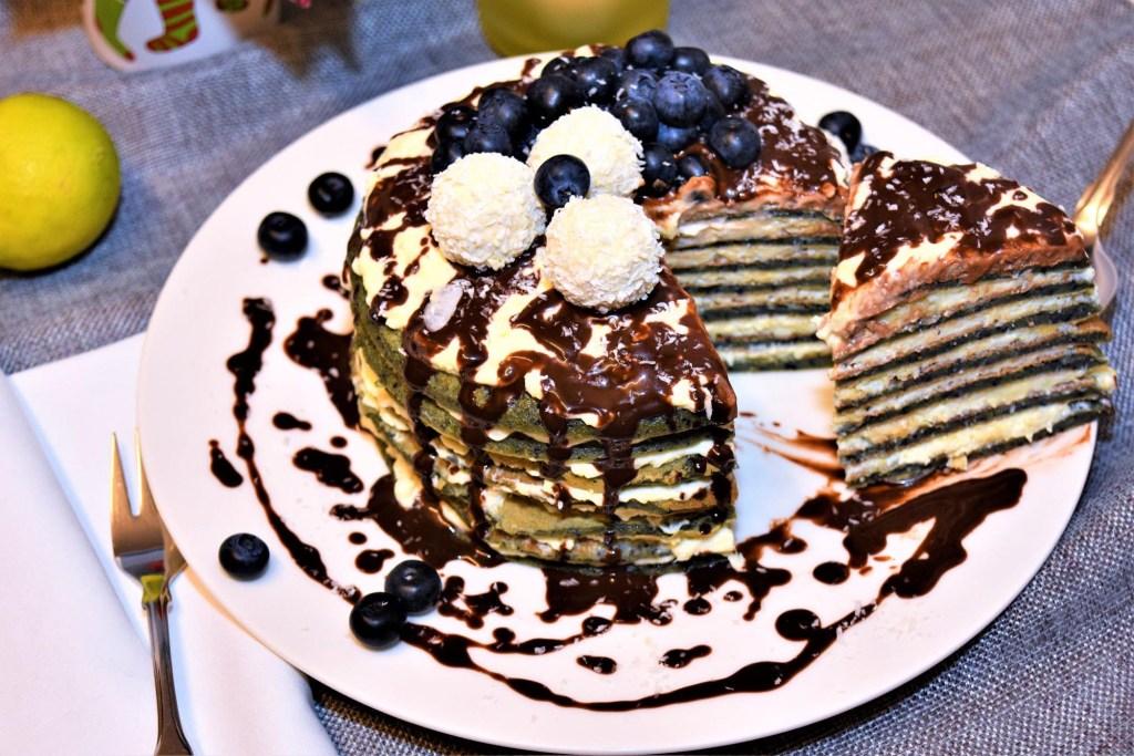 Heidelbeer Pancake mit Raffaello Creme