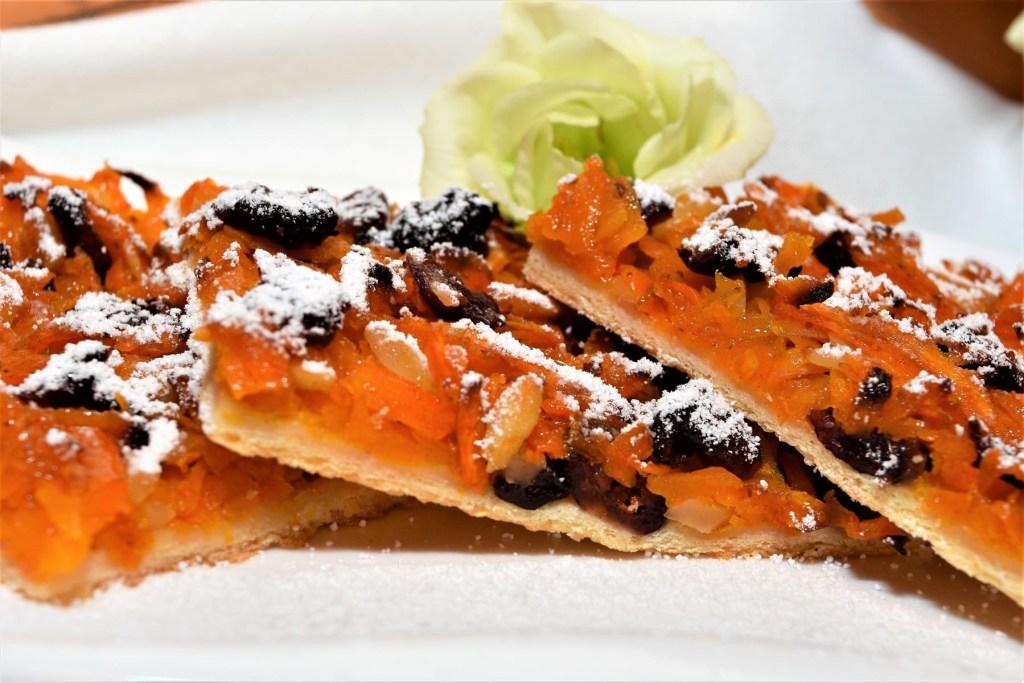 Kürbis-Cranberry-Blechkuchen