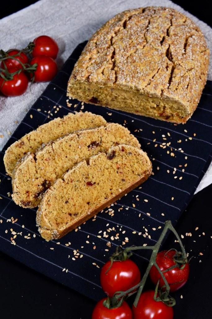 Maniok-Mais-Brot