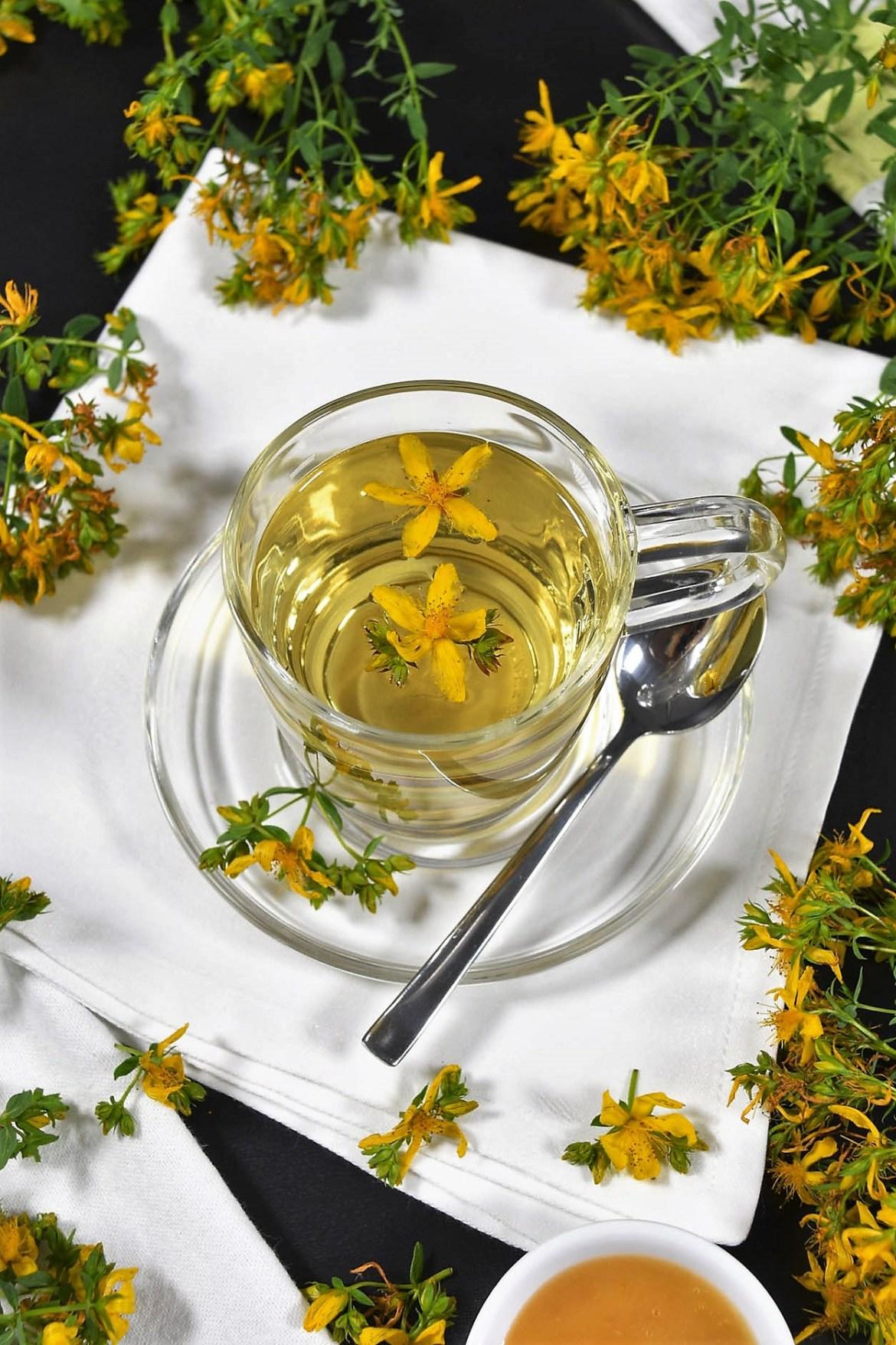Johanniskraut Tee-Gesunde Tee-BallesWorld