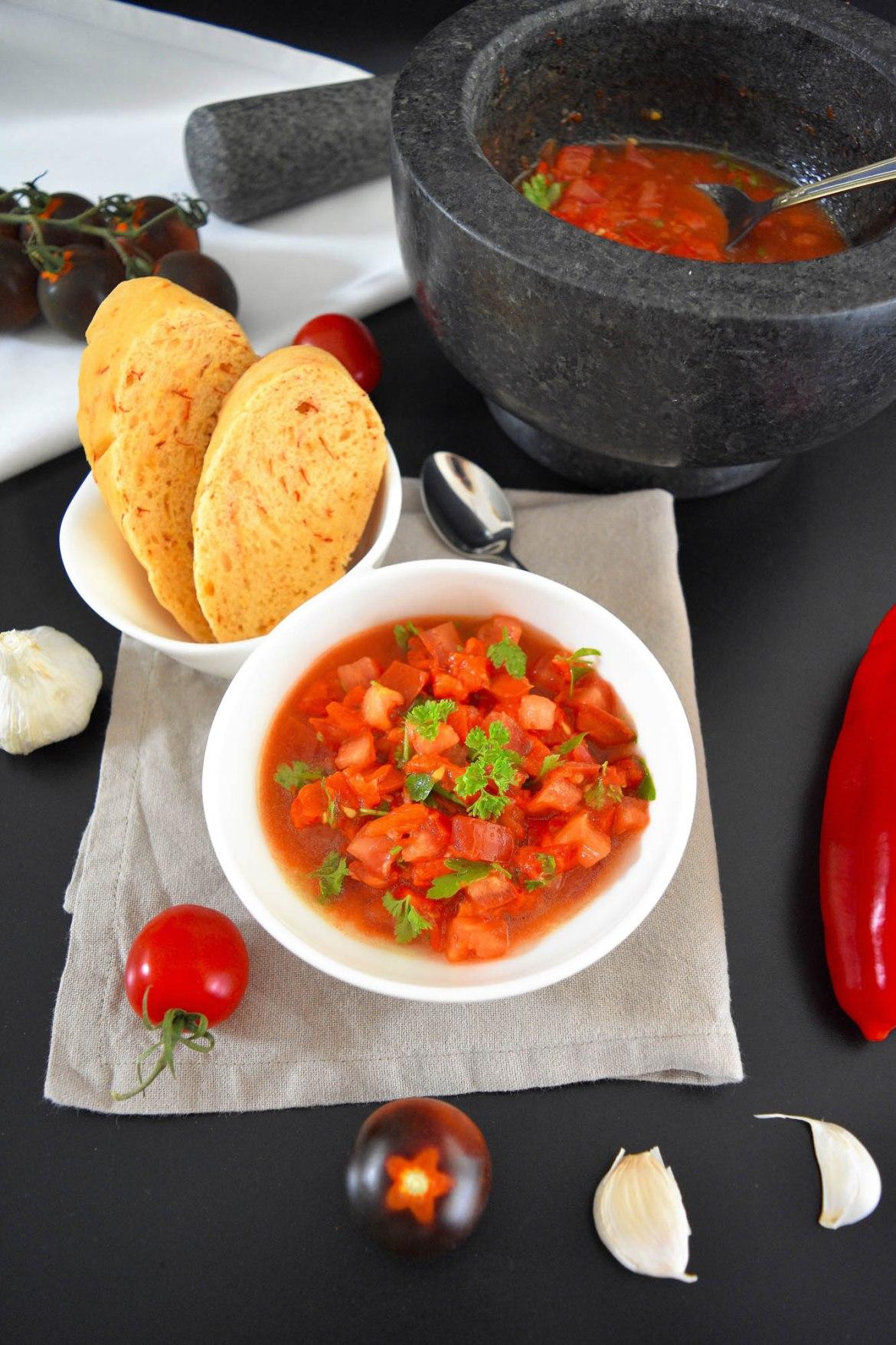 Pindjur – der Sommersalat für alle Fälle-Tomaten Paprika Salat-BallesWorld