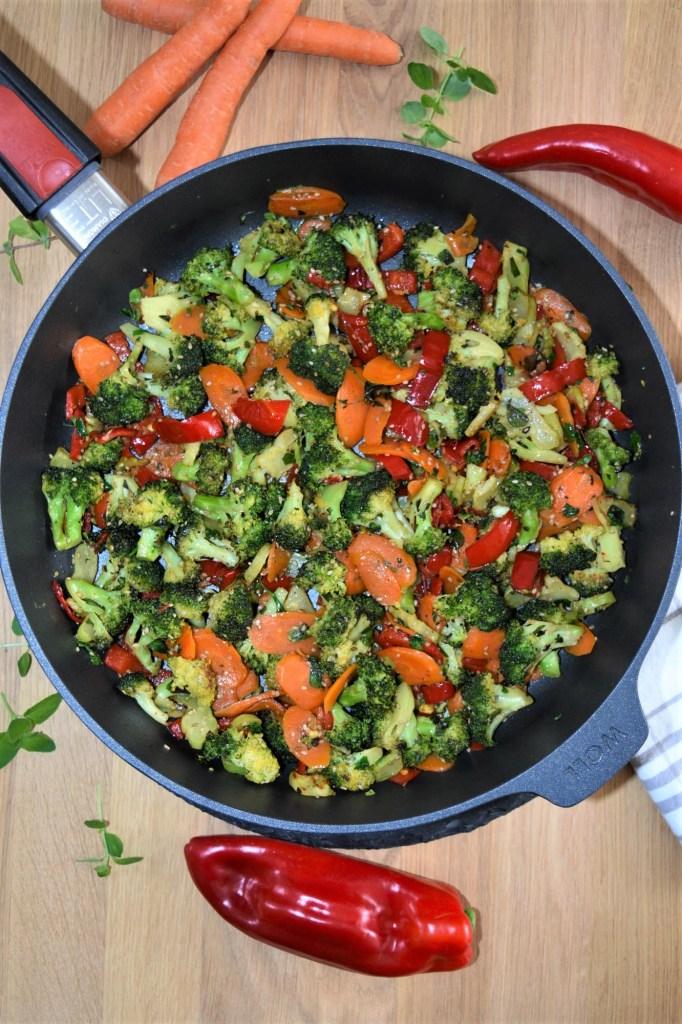 Brokkoli Sesam Röstgemüse-vegetarisch-ballesworld
