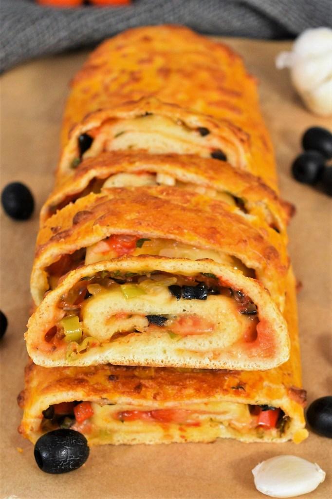 Pizza Rolle mit frischen Kräutern-Vegetarisch-ballesworld
