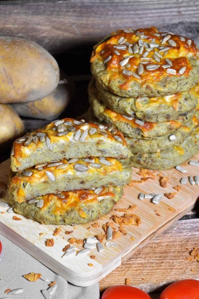 Kartoffel Taler mit Käse überbacken-Beilage-ballesworld