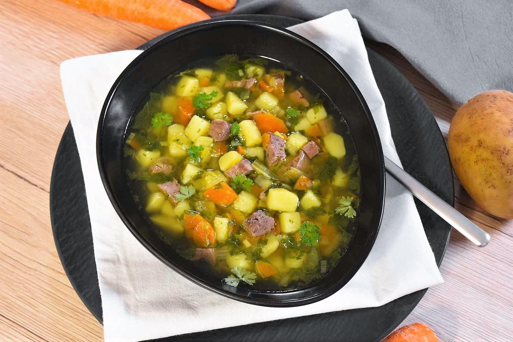 Kartoffeln-Rinderleber Suppe