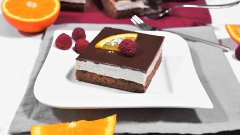 Orangen Schokoladen Kuchen Würfel-Anrichen-ballesworld