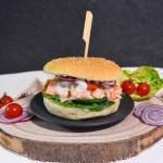 Pulled Lachs Burger mit Limettensoße-Rezept-ballesworld