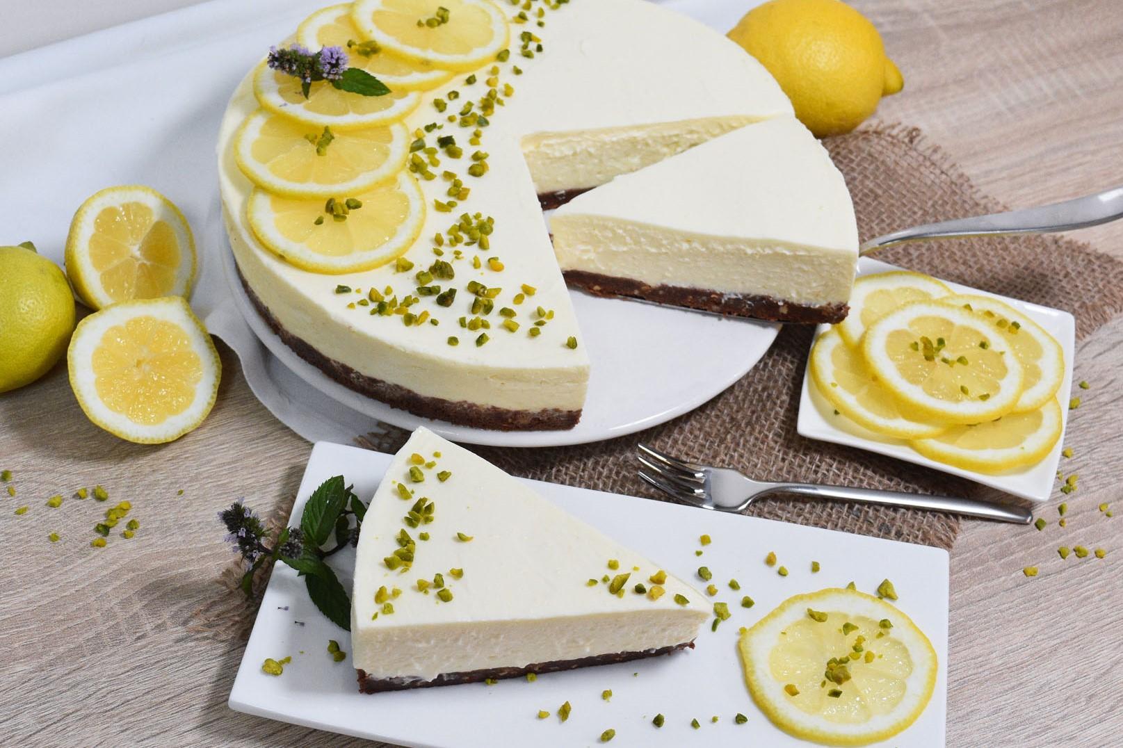 Zitronen-Käse Kuchen mit weißer Schokolade–ohne Backen