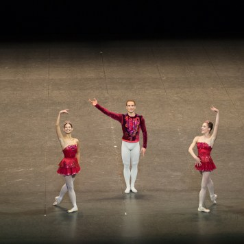 Rubis - Alice Renavand, François Alu et Valentine Colasante