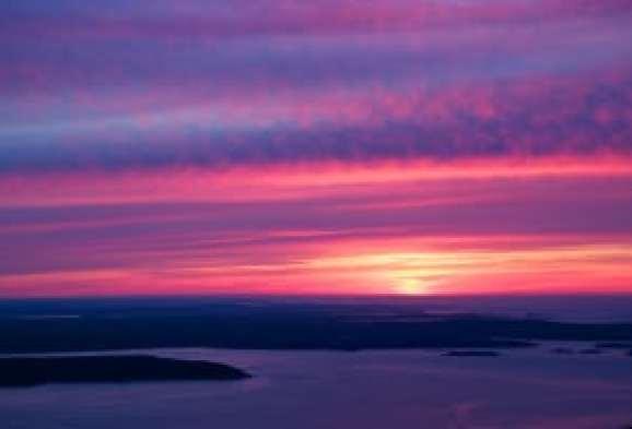 Cadillac-Mountain-sunrise-Acadia-National-Park-Maine
