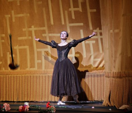 Irina-Dvorovenko-final-ABT-performance-5-18-13-a (1)